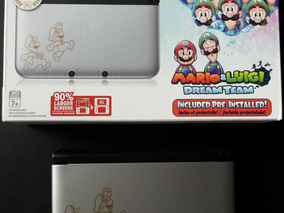 Nintendo 3DS XL Mario & Luigi Dream Team Limited Edition