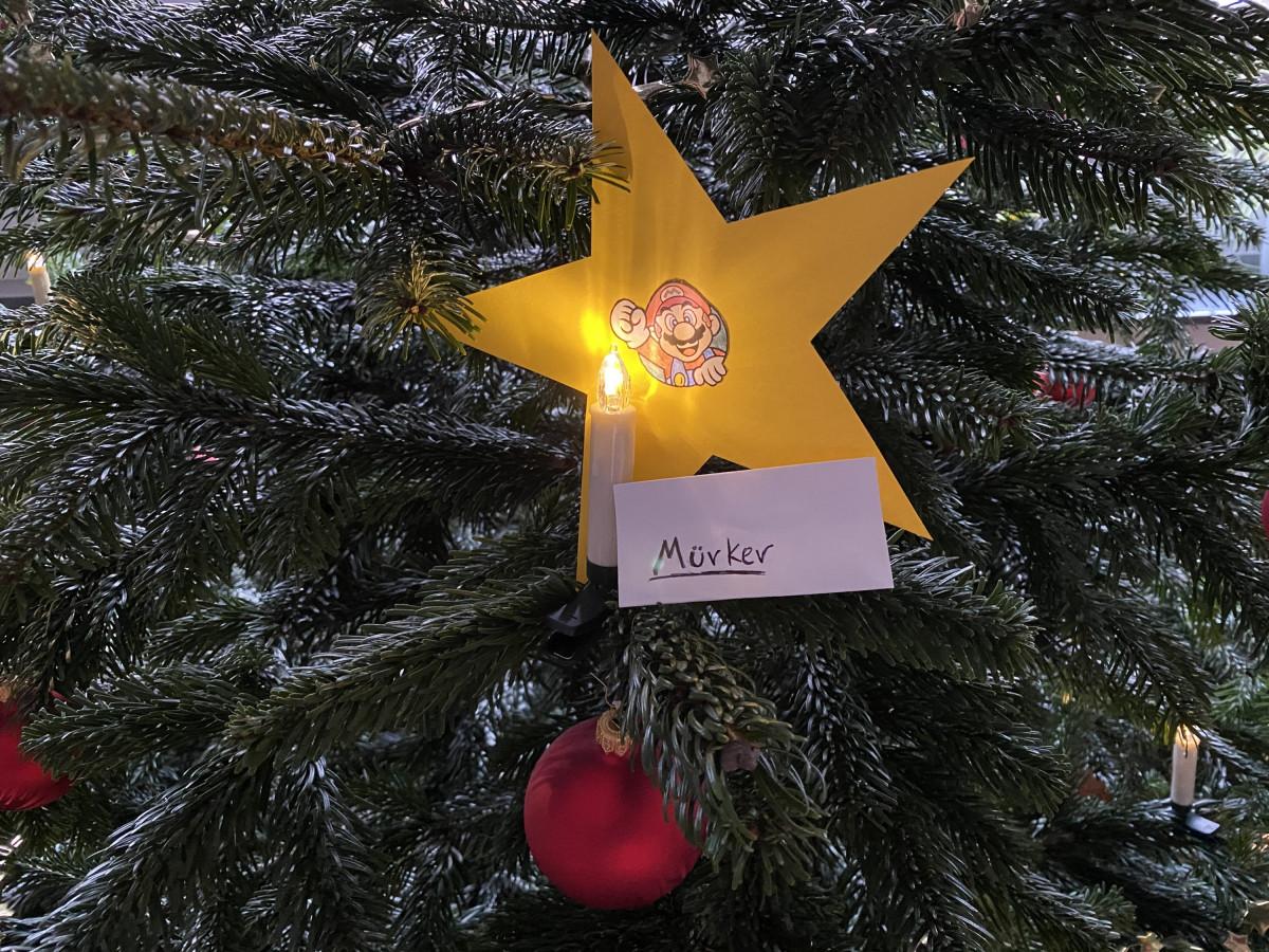 Weihnachtsdeko Mario-Stern